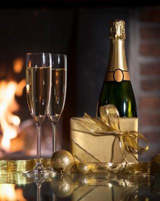 Champagne and Fireplace - Obrázkek zdarma pro 240x400