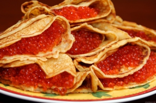 Free Russian Pancakes With Caviar Picture for Android, iPhone and iPad