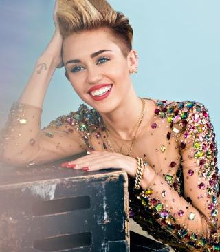 Miley Cyrus 2014 - Obrázkek zdarma pro Nokia C5-05