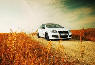 Volkswagen Golf - Obrázkek zdarma pro Motorola DROID 3
