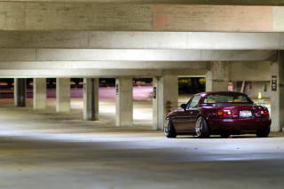 Free Mazda RX 8 In Garage Picture for Android, iPhone and iPad
