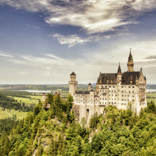 Bavarian Neuschwanstein Castle - Obrázkek zdarma pro iPad Air