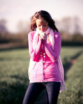 Countryside cute girl portrait - Obrázkek zdarma pro Nokia X2-02
