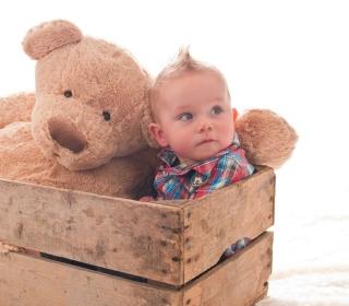 Baby Boy With Teddy Bear - Obrázkek zdarma pro 128x128