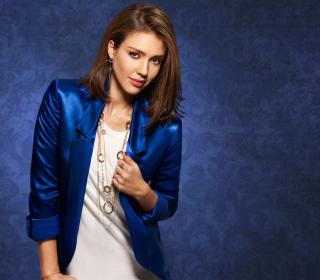 Jessica Alba In Blue Coat - Obrázkek zdarma pro 128x128
