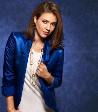 Jessica Alba In Blue Coat - Obrázkek zdarma pro Nokia Asha 202