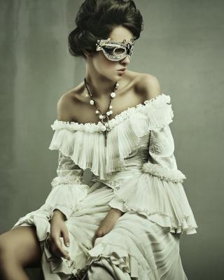 Woman in Mask - Obrázkek zdarma pro 320x480
