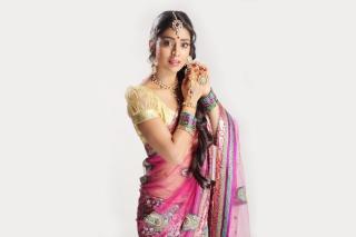 Shriya Saran In Pink Saree Wallpaper for Android, iPhone and iPad