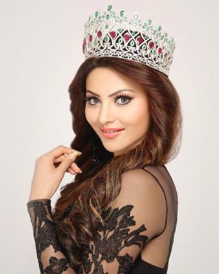 Urvashi Rautela Miss World - Obrázkek zdarma pro 240x400