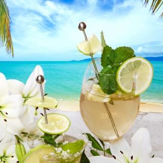 Light summer cocktail - Obrázkek zdarma pro 320x320