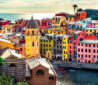 Colorful Italy City - Obrázkek zdarma pro iPad mini