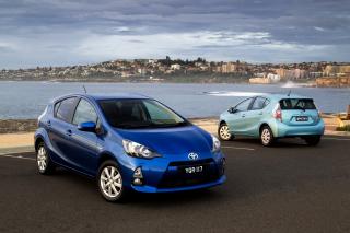 Toyota Prius - Obrázkek zdarma pro HTC Hero