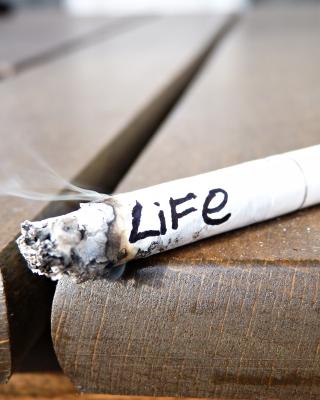 Life burns with cigarette - Obrázkek zdarma pro 128x160