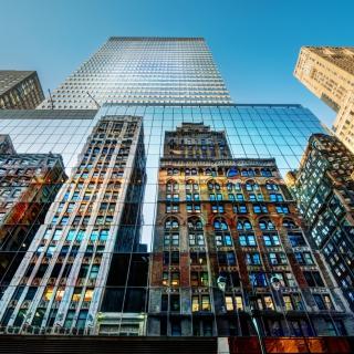 Big City Reflections - Obrázkek zdarma pro 2048x2048