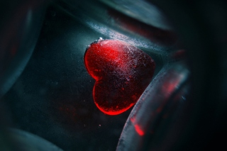Sunken Heart Background for Android, iPhone and iPad