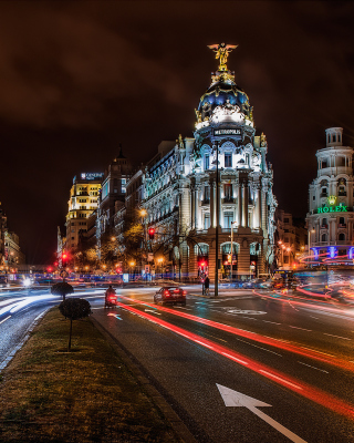 Alcala de Henares UNESCO in Madrid - Obrázkek zdarma pro iPhone 4S