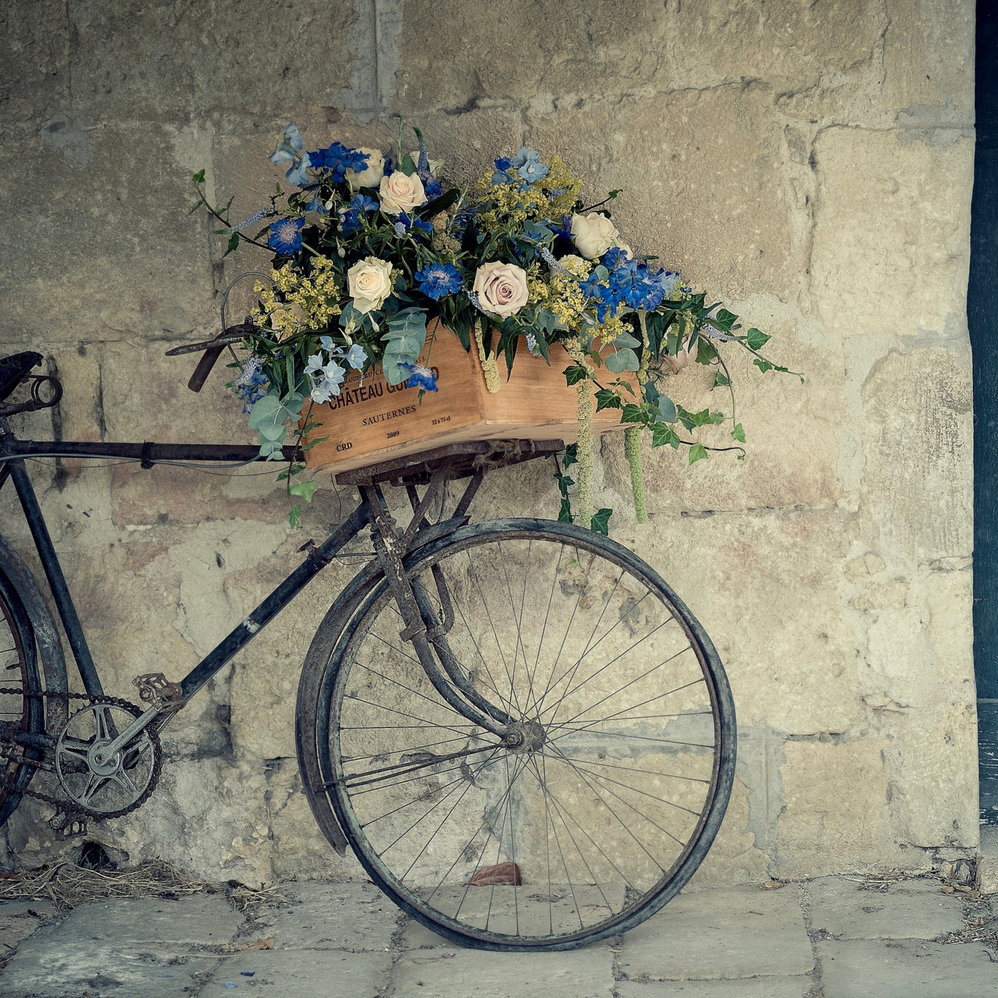bicycles with flowers wallpaper - photo #16