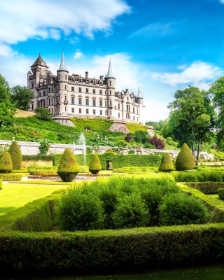 Dunrobin Castle in Scotland - Obrázkek zdarma pro Nokia Lumia 625
