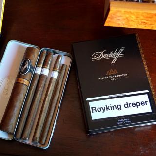 Davidoff and Cohiba Cigars - Obrázkek zdarma pro iPad 3