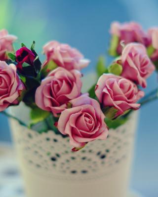Roses in bowl - Obrázkek zdarma pro 640x1136
