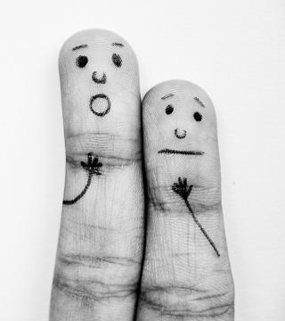 Emotional Fingers - Obrázkek zdarma pro iPad Air