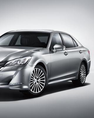 Toyota Crown 2015 - Obrázkek zdarma pro iPhone 4S