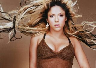 Dancing Shakira - Obrázkek zdarma pro Nokia XL