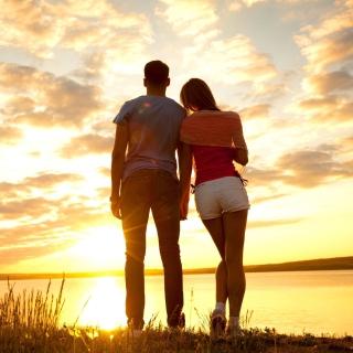 Sunrise Couple - Obrázkek zdarma pro iPad 2