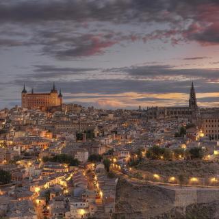 Toledo, Spain - Obrázkek zdarma pro iPad Air