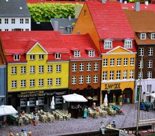Lego City - Obrázkek zdarma pro 1024x1024