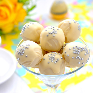 White Chocolate Candies - Obrázkek zdarma pro 128x128