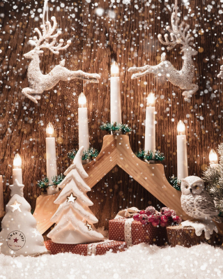 Christmas Candles - Obrázkek zdarma pro Nokia Asha 303