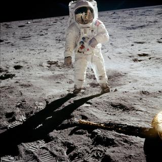 Man On The Moon - Obrázkek zdarma pro iPad Air