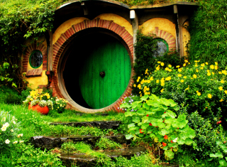 Hobbit House Picture for Android, iPhone and iPad