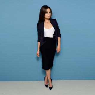 Mila Kunis Sweet Girl - Obrázkek zdarma pro 1024x1024