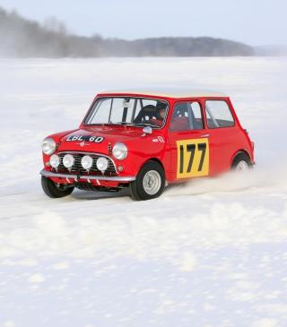 Red Mini In Snow - Obrázkek zdarma pro Nokia C1-01