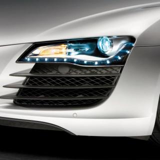 Audi R8 LED Headlights Lamp - Obrázkek zdarma pro iPad