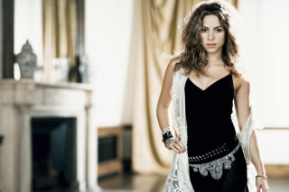 Shakira Background for Android, iPhone and iPad