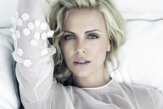 Free Charlize Theron Picture for Android, iPhone and iPad