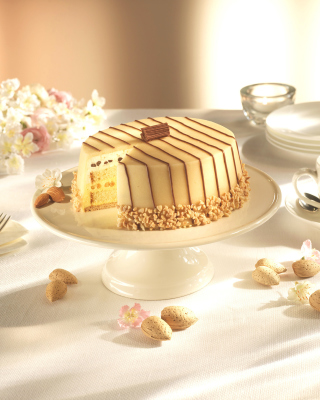 Marzipan cake - Obrázkek zdarma pro Nokia Asha 305