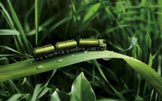 Green Truck - Obrázkek zdarma pro Nokia Asha 200