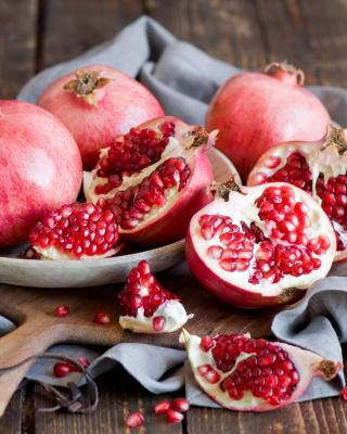 Fresh Pomegranates - Obrázkek zdarma pro Nokia X7