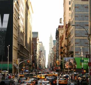 New York Streets - Obrázkek zdarma pro iPad 2