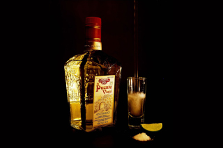 El puente Viejo Tequila with Salt Picture for Android, iPhone and iPad