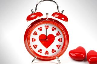 Love O'clock - Obrázkek zdarma pro LG P970 Optimus
