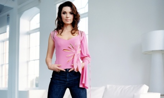 Shania Twain Wallpaper for Android, iPhone and iPad