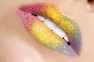 Rainbow Lips - Obrázkek zdarma pro Fullscreen Desktop 1400x1050