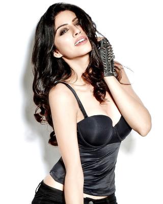 Sapna Pabbi - Obrázkek zdarma pro Nokia X7