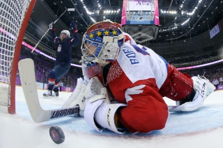 Free Usa Russia Hockey Olympics Picture for Android, iPhone and iPad