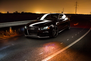 Audi RS5 - Obrázkek zdarma pro Nokia Asha 302